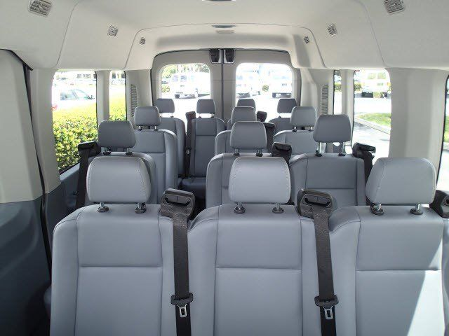 Full Size Suv With Bench Seats